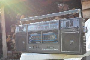 Ein Radio mit Kassettenrekorder